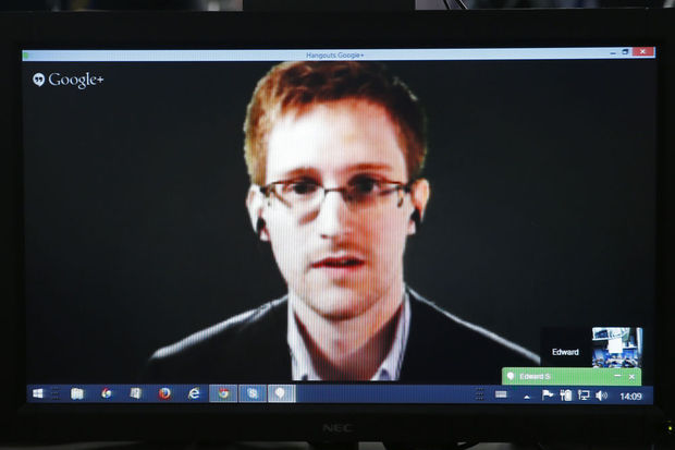 Edward Snowden: 'Le FBI n'a pas besoin de l'aide d'Apple pour pirater un iPhone'