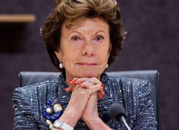 "Neelie Kroes: ""Pourquoi jouerait-on à Angry Birds, si on peut le concevoir?"" (VIDEO)"