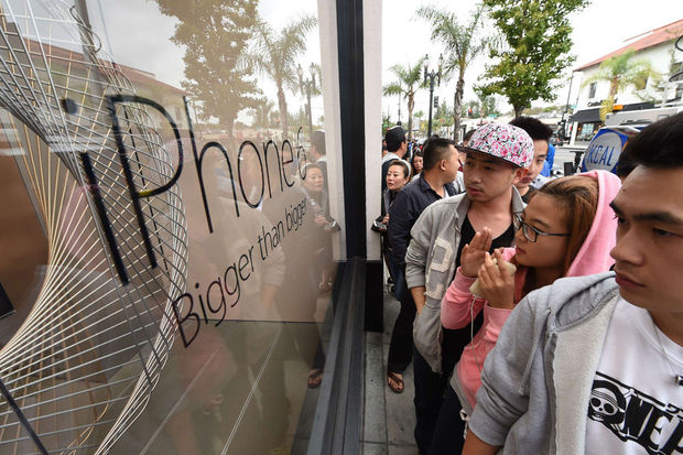 Record: Apple vend plus de 10 millions d'iPhone 6 au cours du week-end de lancement