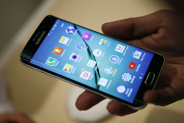 Le Galaxy S6 Edge replace Samsung en pole position