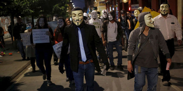 Anonymous perturbe la communication de l'IS avec une chanson de Rick Astley