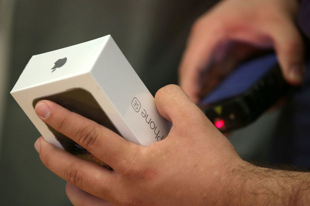 Les clients d'Apple attendent un nouvel iPhone